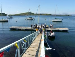 Landing stage and visitor moorings